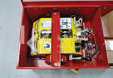 Портативный труборез и фаскосниматель Trav-L-Cutter в стальном кейсе