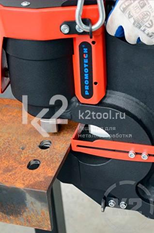 Пример применения пресс-перфоратора гидравлического Promotech Pro 110 HP в вертикальном положении