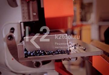 Обработка заготовки на съемном столе UZP-30 кромкорезом UZ-50