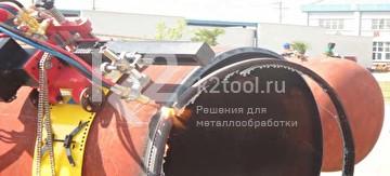 Машина для резки труб с ЧПУ в работе