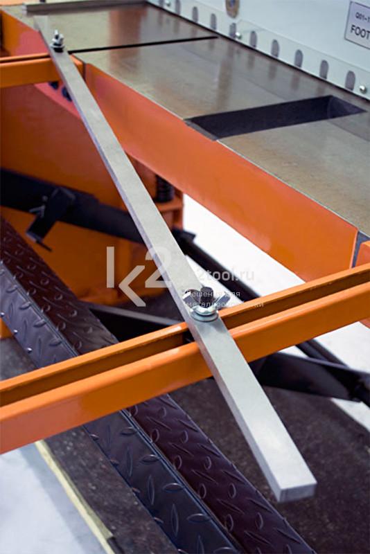Ножная гильотина STALEX Q01-1.5x1320