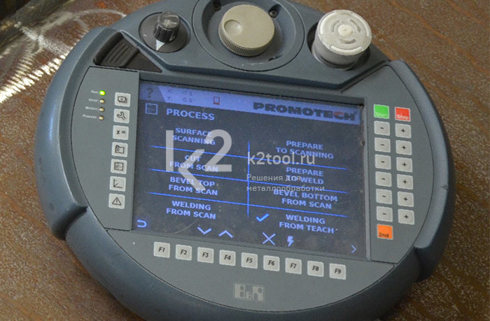 ЧПУ для пятиосевой мобильной машины для вырезки отверстий и вварки горловин в обечайки Promotech MCM 1000/4000
