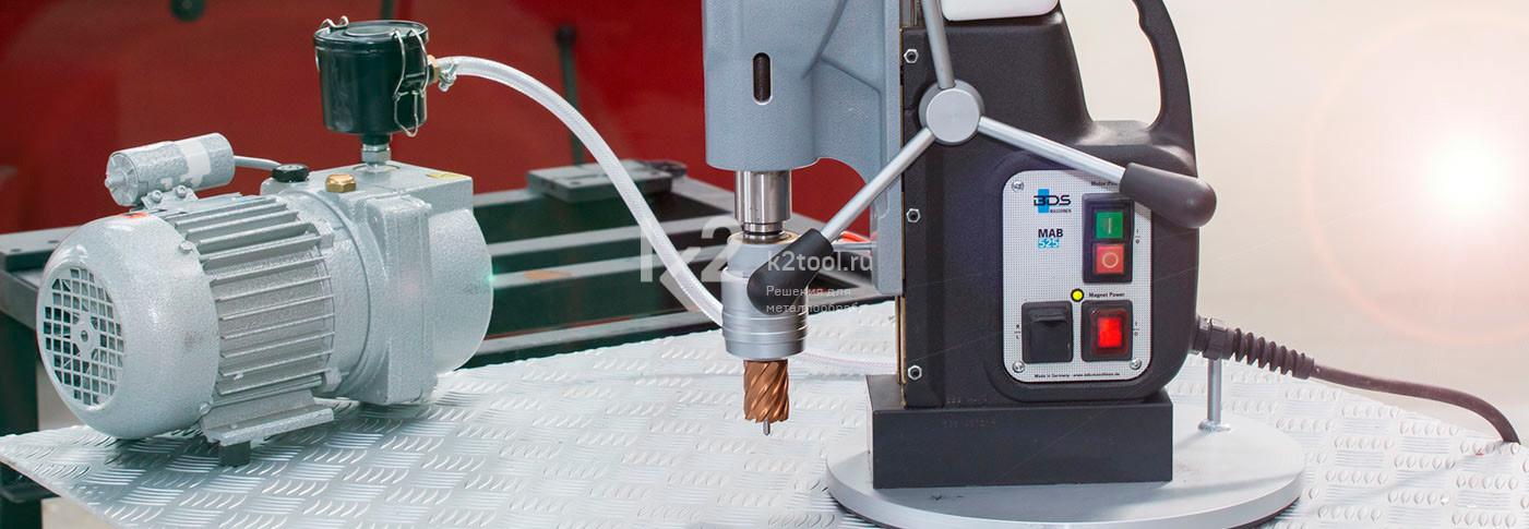 Вакуумная проставка для рифленых и луженых поверхностей. Насос. Вид сзади