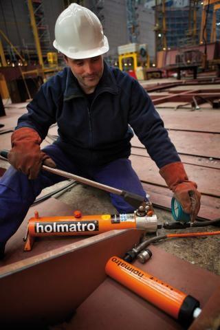 Домкраты многофункциональные Holmatro с пружинным возвратом (HGC).