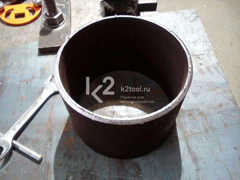 Обработка торца трубы автоматическим кромкорезом UZ-12